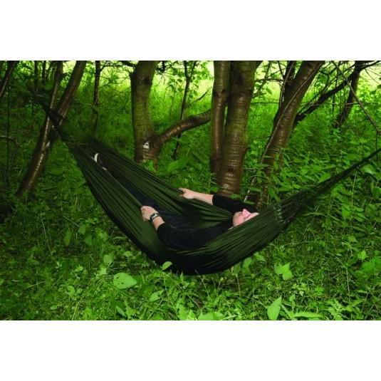 highlander-ta134-trekker-hammock-green-1.jpg